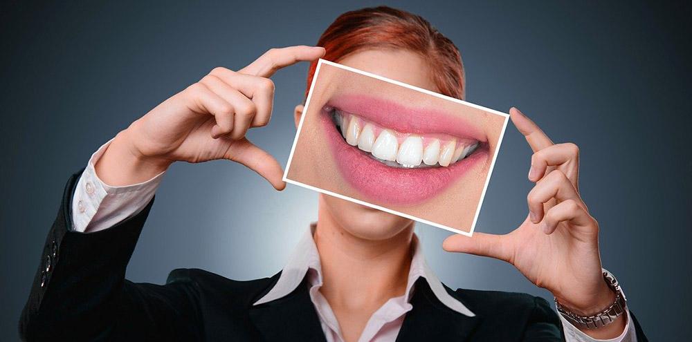chirurgia estetica gengivale studio dentistico bertini marina di carrara